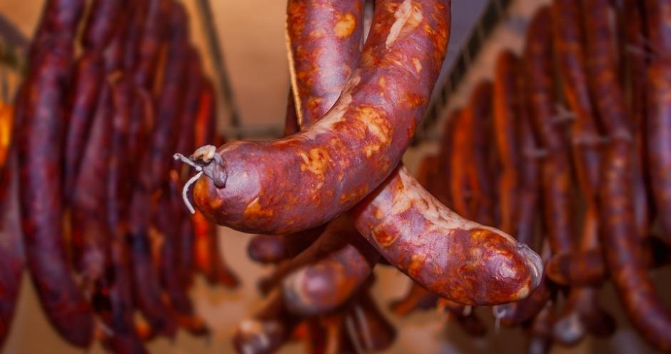 Сбербанк требует признать банкротом воронежский мясокомбинат
