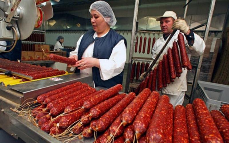 Россиян предупредили о росте цен на колбасу