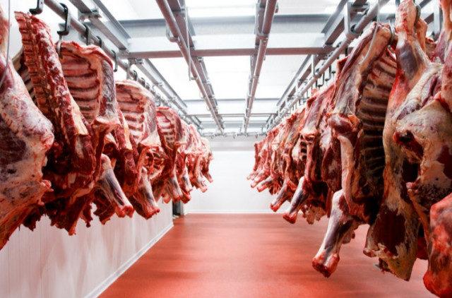 Китай открыл внутренний рынок для двух экспортеров российской говядины