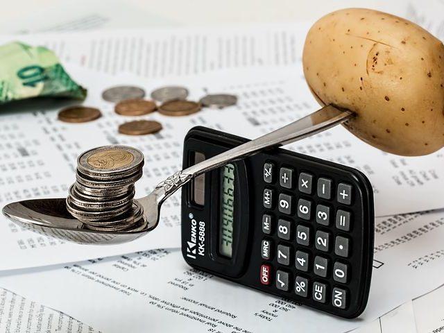 Центробанк оценил годовую инфляцию в России на 6 сентября на уровне 6,74%